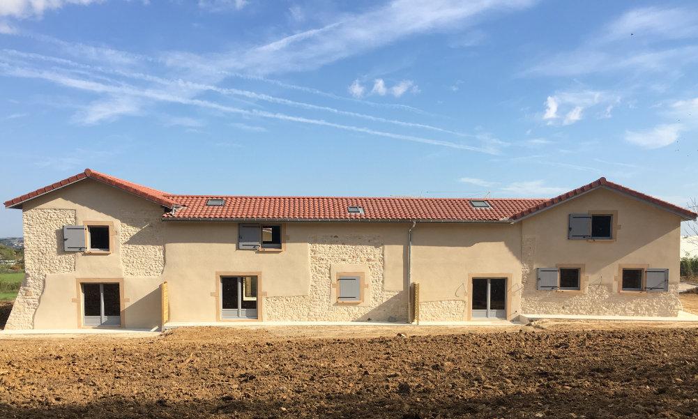 photo d'une maison rénovée promotion résidentielle