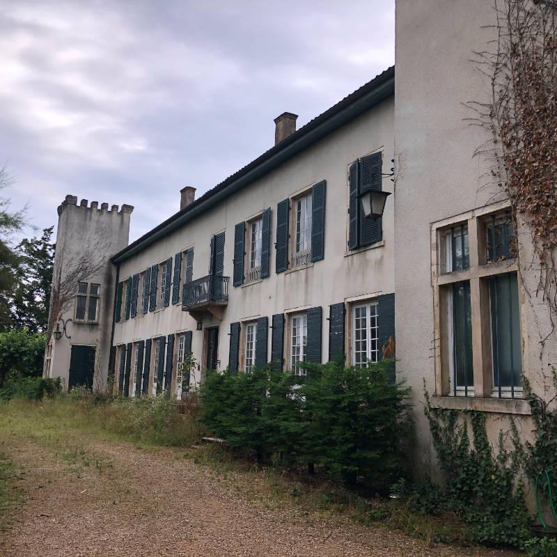 Chateau Guereins marchand de biens